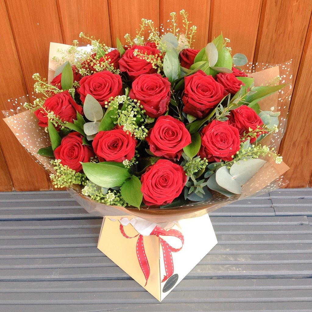 Red Rose Flower Bouquet Delivered In Bath Flowers Of Bath