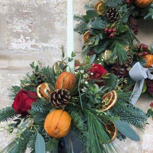 Festive wreath & table design